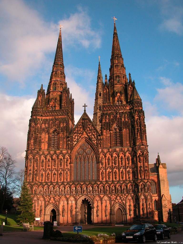 jstottphotography.com: Lichfield, Staffordshire - Lichfield Cathedral: www.jstottphotography.com/lichfield_cathedral__photo.php?s=1503